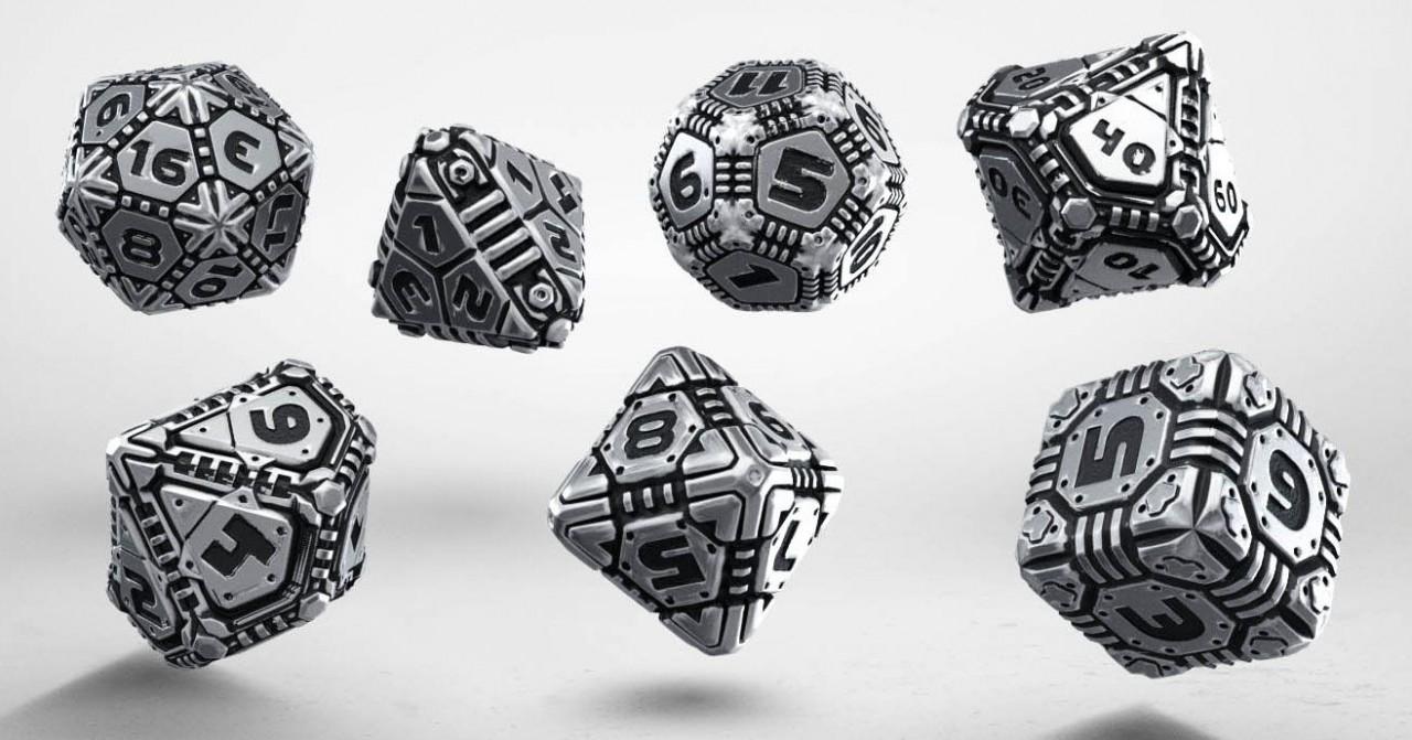 Tech Metall-Würfel Set (7)